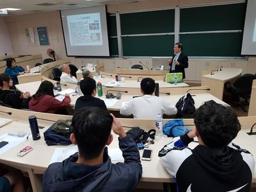 經管系台塑企業管理機能研討講座─理財與美好人生-企業管理